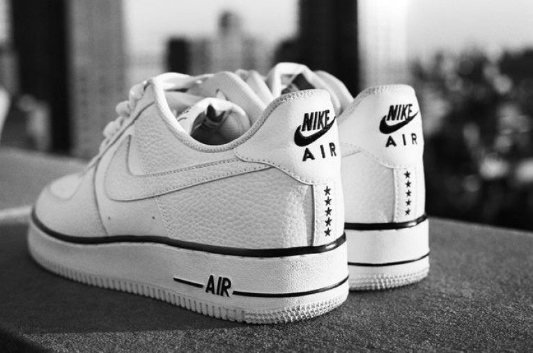 SP16_NSW_Nike_Air_Footwear_01