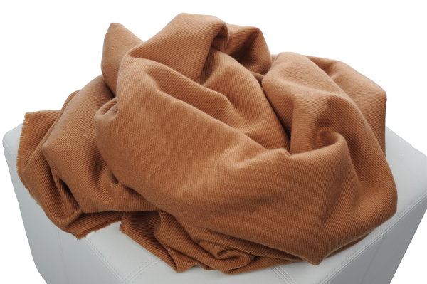 Cashmere-accessories-blanket-toodoo-camel-220x220cm--3612270131048_2